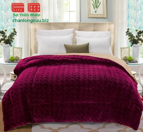 chăn lông cừu nhập khẩu nguyên chiếc màu đỏ đô 180x200cm